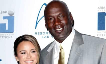 Michael Jordan Applies For Marriage License, Goes For Ring #7