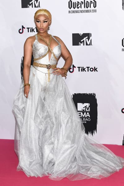 Nicki Minaj SLAMS Miley Cyrus: Shut Up, You Perdue Chicken!