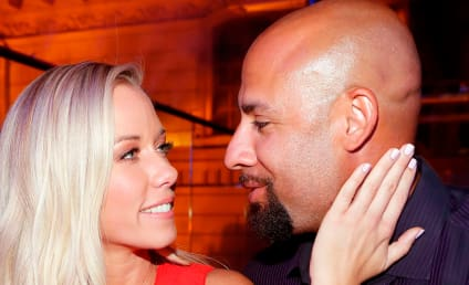 Hank Baskett Hints at Kendra Wilkinson Reunion, Gets Owned on Twitter