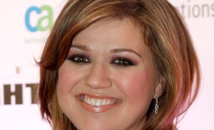 Brandon Blackstock: Cheating on Kelly Clarkson With Pregnant Mistress?!