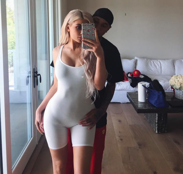 Kylie Jenner Look At My Butt In Yoga Pants - The Hollywood Gossip-3528