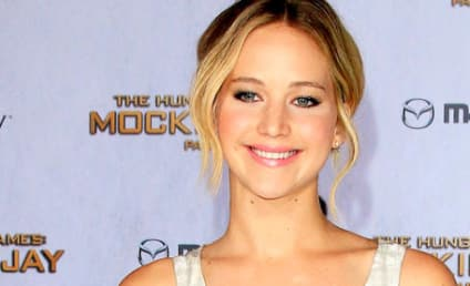 Jennifer Lawrence Extends Deal with Dior