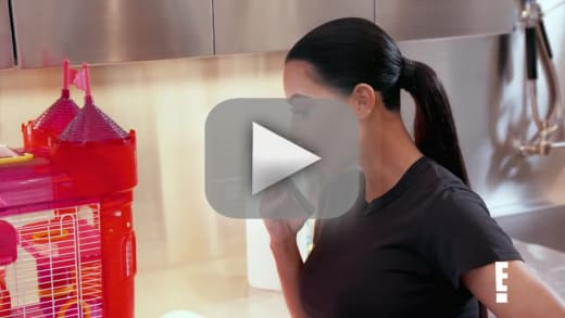 Kim kardashian gets accused of killing a family member on kuwtk