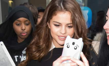 Selena Gomez: Spotted at Justin Bieber Concert!