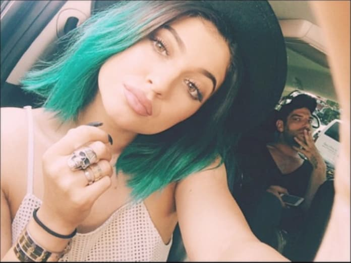 13 Celebrities With Green Hair The Hollywood Gossip