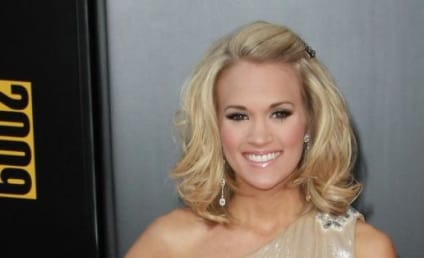 American Music Awards Fashion Face-Off: Carrie Underwood vs. Leona Lewis