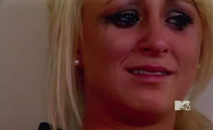 Leah Messer: Jumped By Roving Gang of She-Thugs Outside Movie Theater!