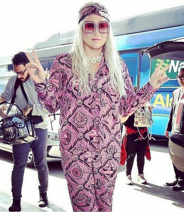 Kesha Serving a Purple Look