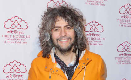 Wayne Coyne: Naked on Twitter!