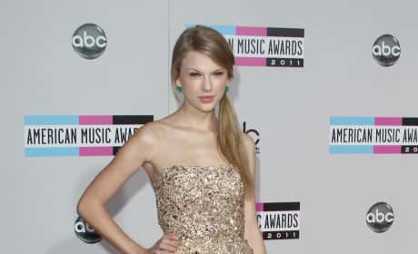 Taylor Swift at the American Music Awards