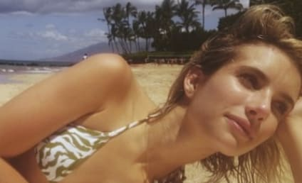 Emma Roberts Bikini Selfie: Hot in Hawaii!