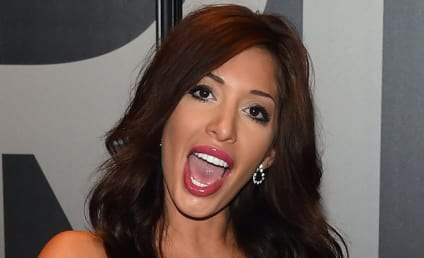 Farrah Abraham Posts Topless Pic, Reveals Crush on...Herself?