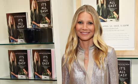Gwyneth Paltrow Signs Copies of 'It's All Easy' Cookbook in NYC