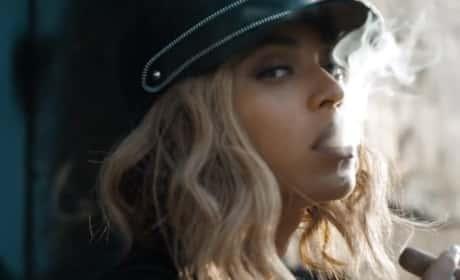 """Beyonce - """"Yoncé"""" (Music Video)"""