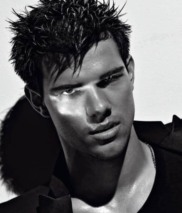 Taylor Lautner in VMAN