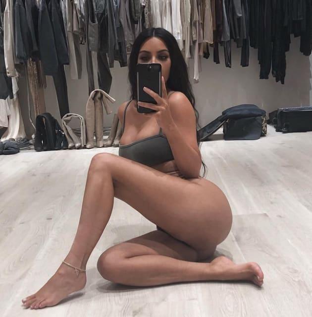 Sexy kim kardashian vagina valuable