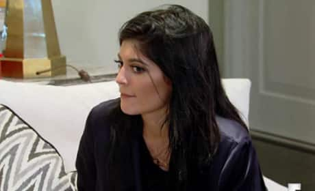 Keeping Up with the Kardashians Clip: How Do I Do Laundry?
