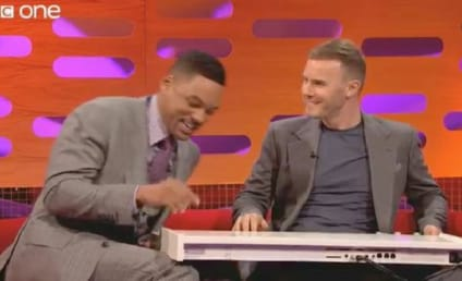 Will Smith Raps Fresh Prince Theme Song Live!