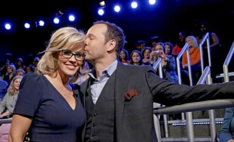Jenny McCarthy, Donnie Wahlberg Engaged!