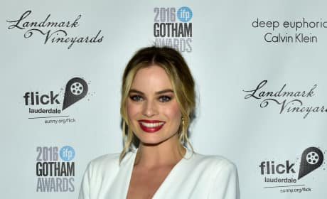 Margot Robbie Red Carpet Pic
