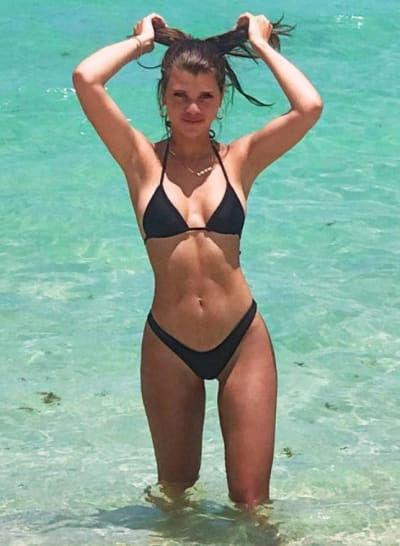 Sofia Richie is Very Attractive