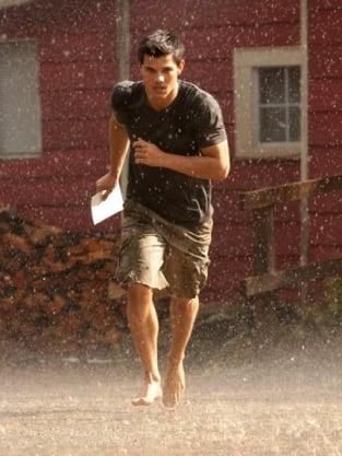 Taylor Lautner Breaking Dawn Photo