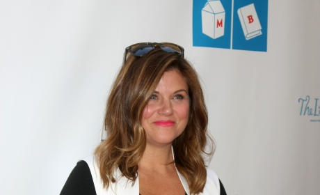 Tiffani Thiessen Pregnant Photo