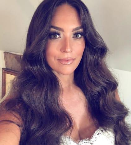Sammi Giancola Wedding Selfie