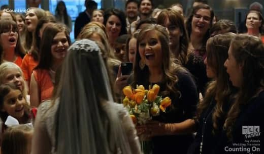 Kendra Caldwell Gets the Bouquet
