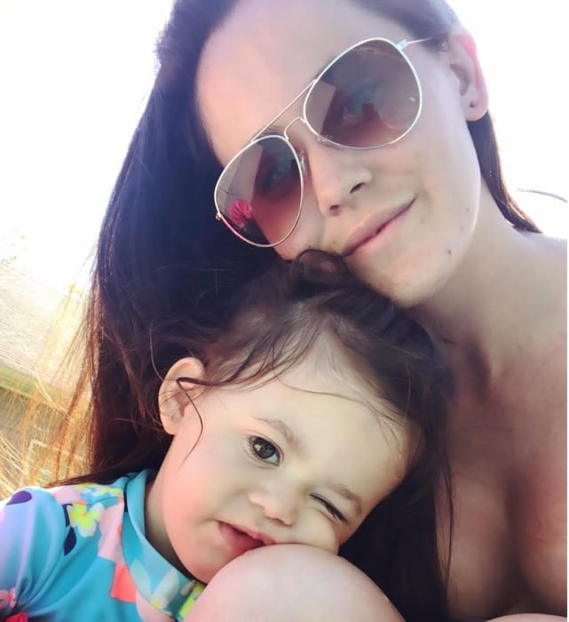 Jenelle evans and child