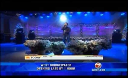 Today Show Stopper: David Archuleta Sings, Honors Christmas