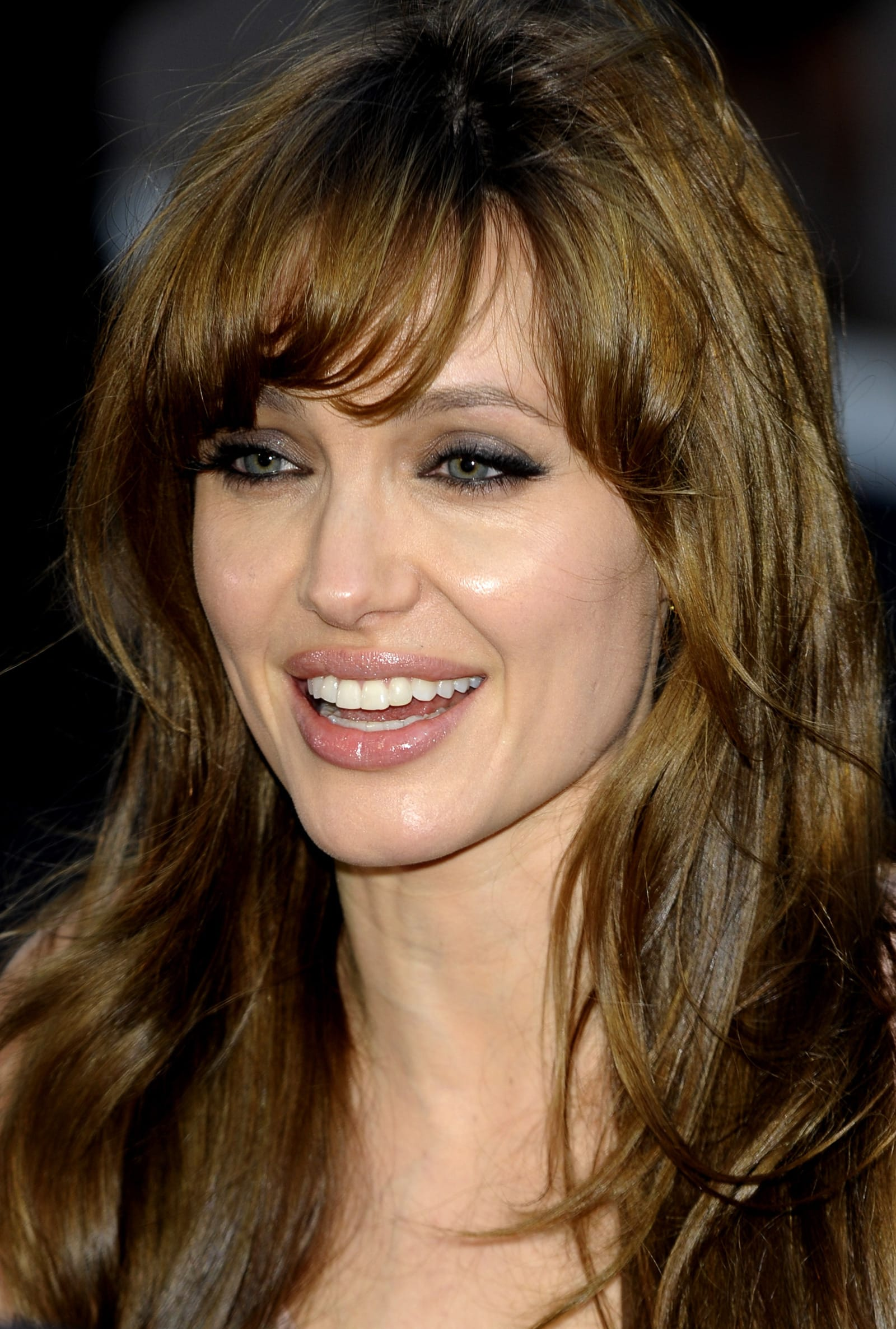 angelina jolie bangs hairstyle - the hollywood gossip