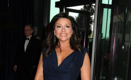 Rachael Ray Involved in Keffiyeh Controversy