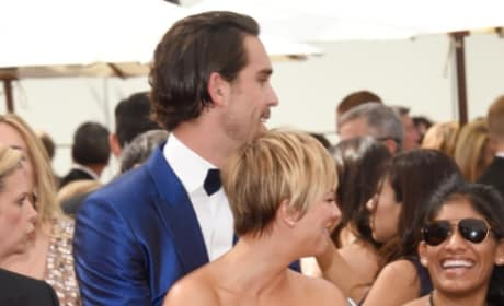 Kaley Cuoco with Ryan Sweeting Photo