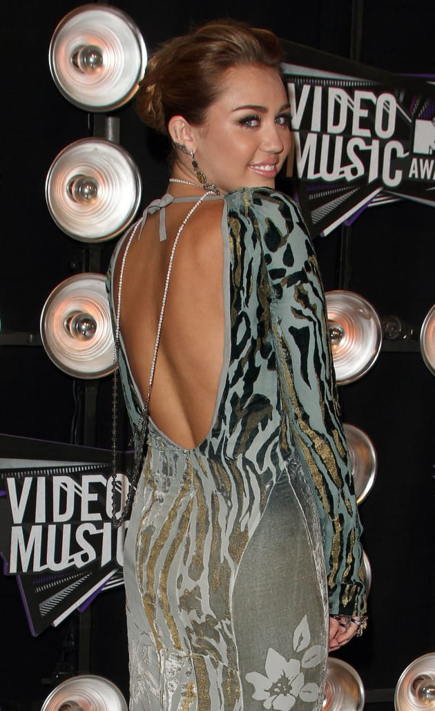 Miley Cyrus, Back