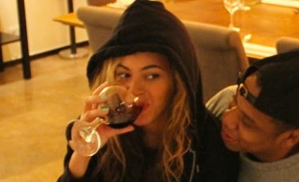 Beyonce Drinks Wine, Probably Isn't Pregnant