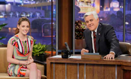 "Kristen Stewart Teases ""Twist"" Twilight Saga Ending on The Tonight Show"