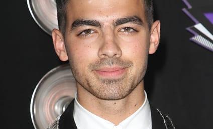 The Choice Casts Joe Jonas, Pauly D, The Situation, Rob Kardashian & More!