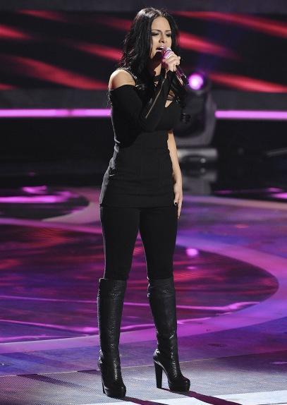 Pia Toscano Sings on American Idol