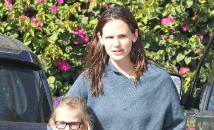 Jennifer Garner Named Celebrity Mom of the Year