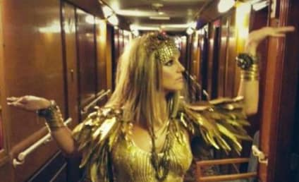 Britney Spears: Cleopatra Style!