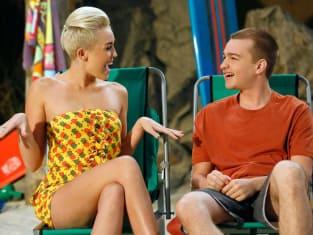 Miley Cyrus as Missi