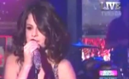 Selena Gomez Rings in 2012 with Live NYC Performance
