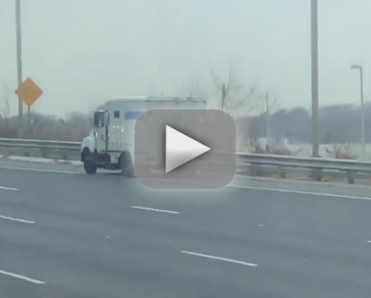Cash spill on new jersey highway slows traffic crashes cars