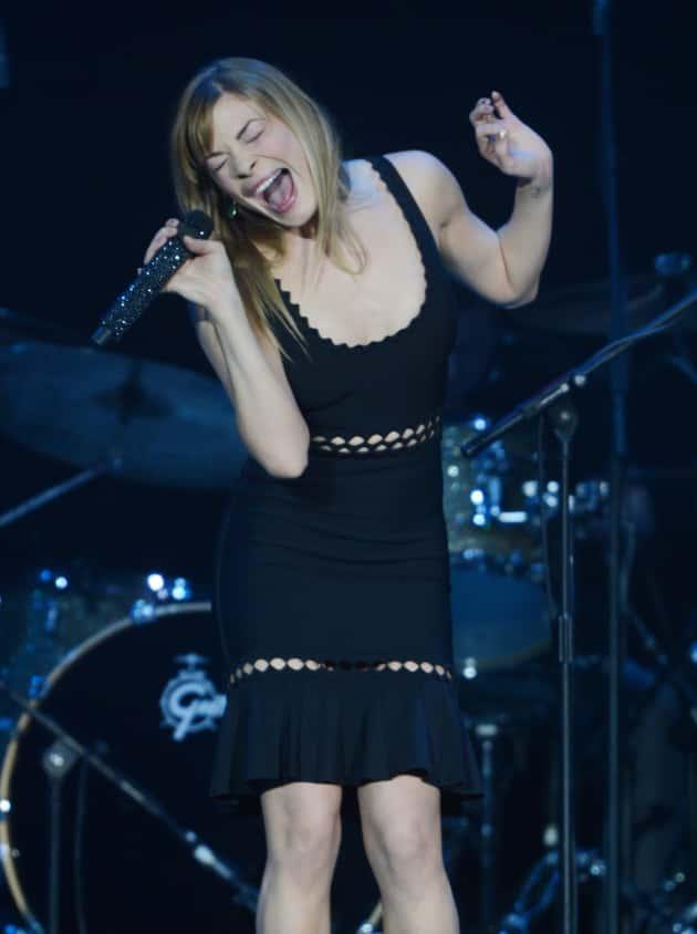 LeAnn Rimes on Stage
