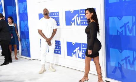 Admiring Kim Kardashian