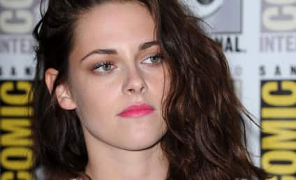 """Kristen Stewart Apologizes for """"Momentary Indiscretion"""" with Rupert Sanders"""