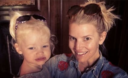 Jessica Simpson Poses with No Makeup, Daughter Maxi in Adorable Selfies!