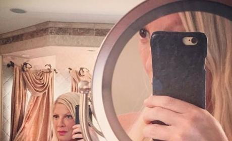 Tori Spelling Topless Photo
