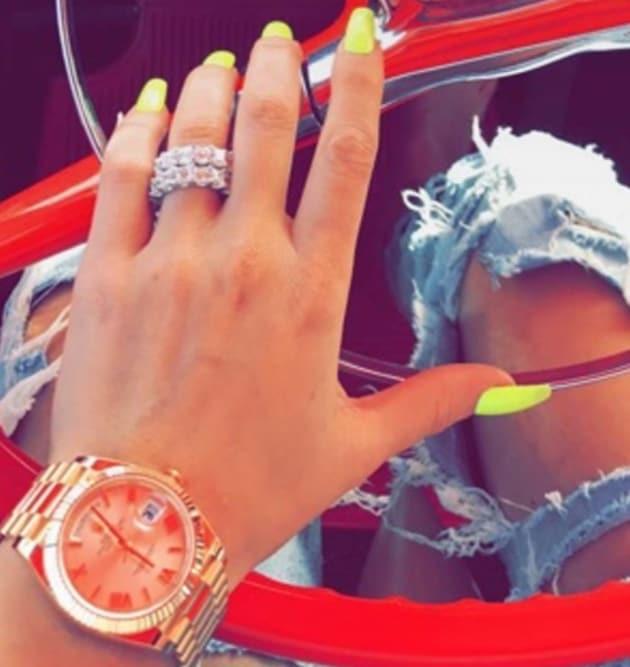Khloe Kardashian: Flaunting Engagement Ring On Snapchat